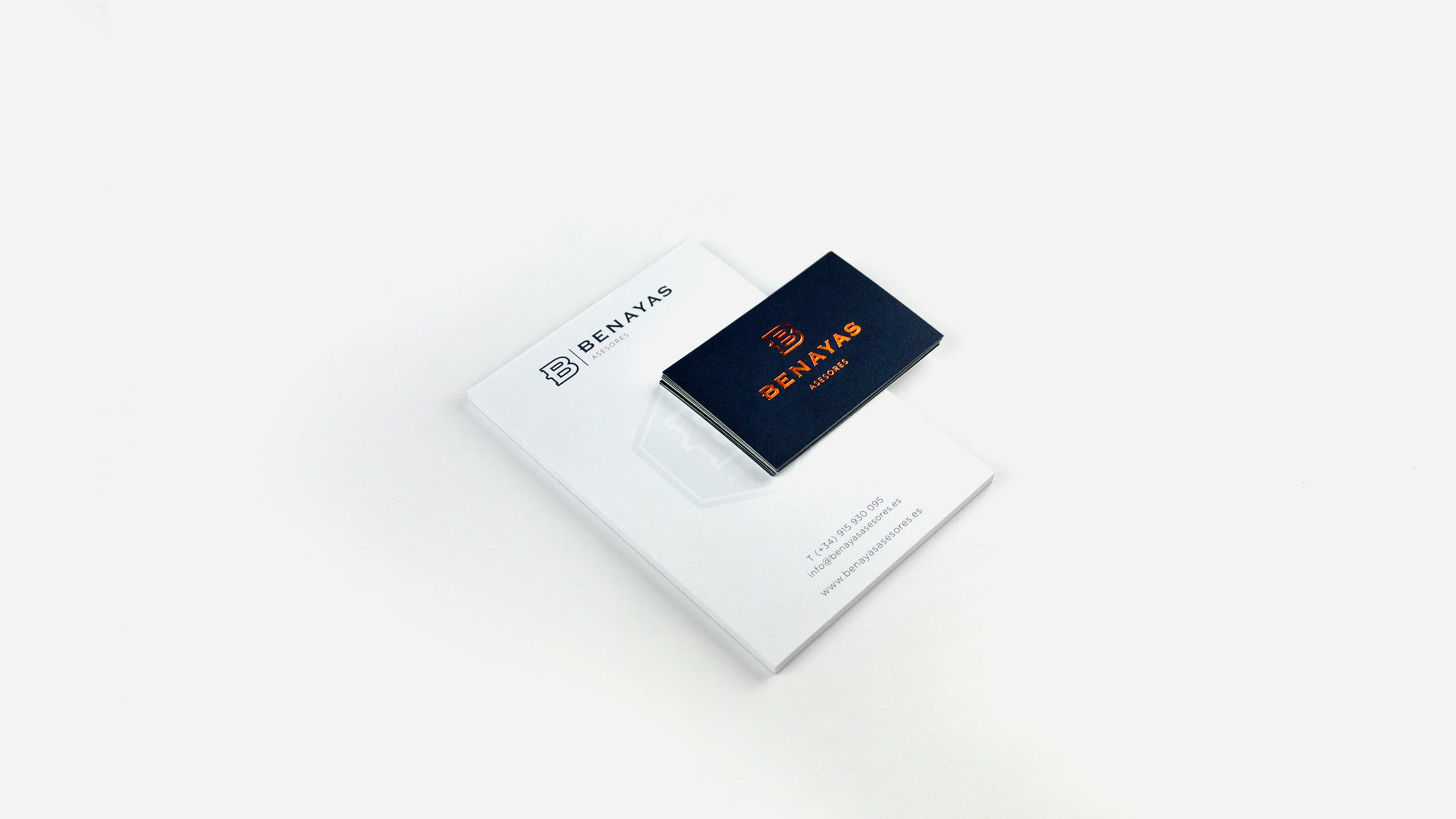 Blocs y tarjetas corporativas para Benayas Asesores Rediseño de identidad corporativa